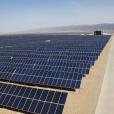 太陽光発電の累積導入量、中国が世界一